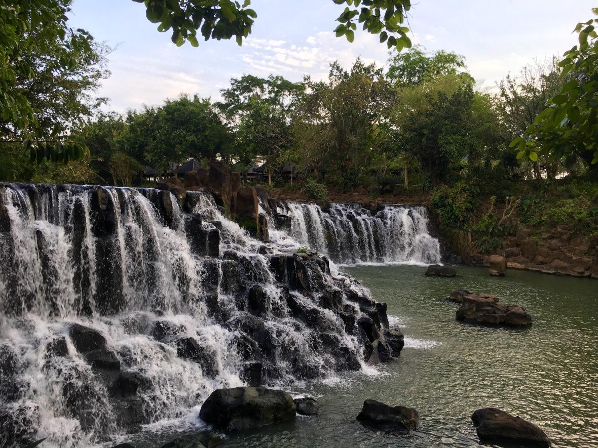 Camping waterfalls