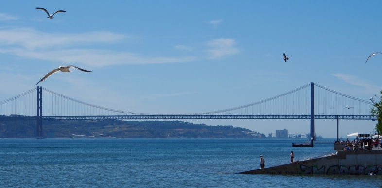 The Ponte 25 de Abril is a strikingly Golden-Gate style bridge in Lisbon